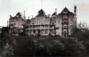 haunted crescent hotel